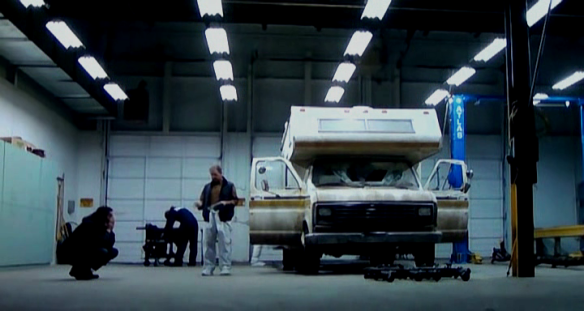 "Subtelna aluzja do ""Breaking Bad""? Źródło: splatteronfilm.files.wordpress.com"
