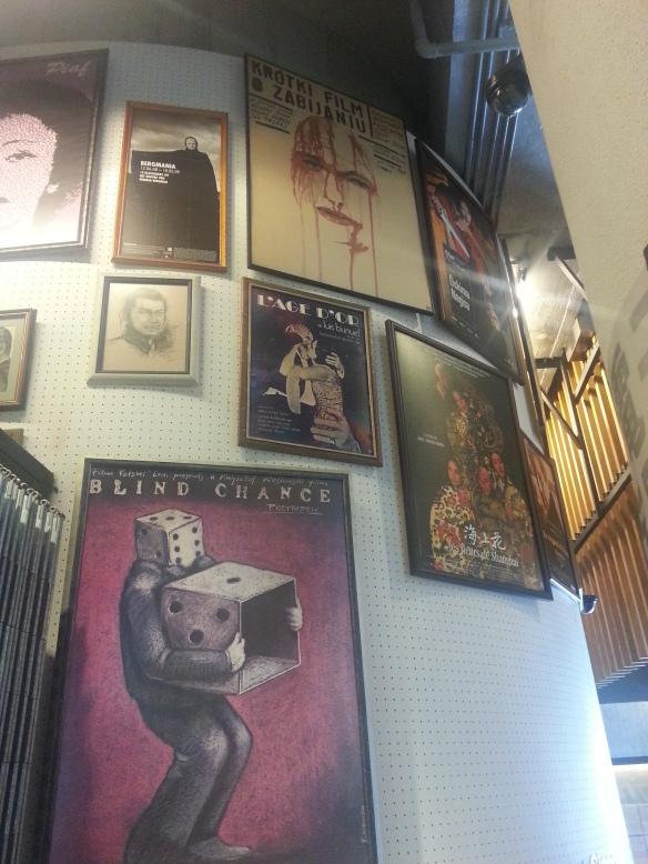 """Na górze: plakat z """"Krótkiego filmu o zabijaniu"""""""