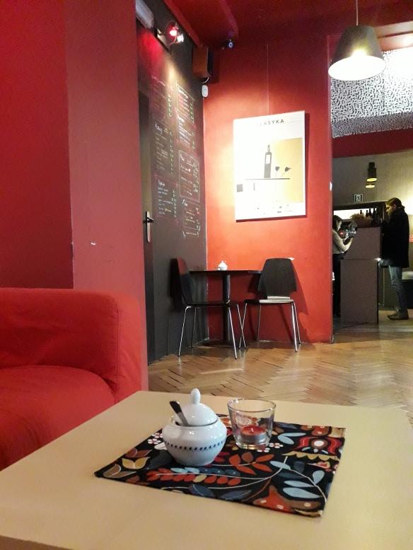 Wizja lokalna w kinokawiarni KIKA. DOBRE miejsce na kinowej mapie Krakowa;)